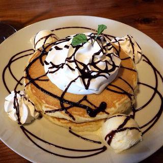チョコバナナパンケーキ(ハウオリカフェ (Hau'oli Cafe'))