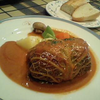 ロールキャベツ(カフェ エ ビストロ ボンヌ シェール (cafe et Bistrot Bonne Chere))