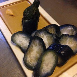 茄子の一本漬け(鉄板焼屋 人生の楽園 (じんせいのらくえん))