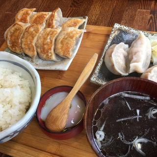 餃子(肉汁餃子製作所 ダンダダン酒場 代田橋)
