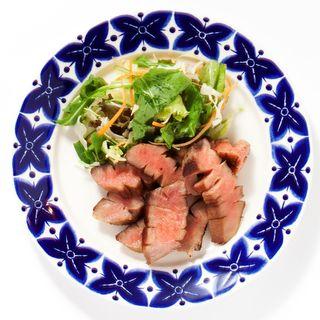 厚切り牛タンステーキ(一歩一歩のカフェ食堂)