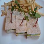 ずわい蟹のクラブサンドイッチ