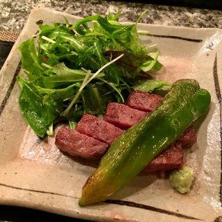 万願寺唐辛子と牛肉ステーキ(北新地 ぬのや )
