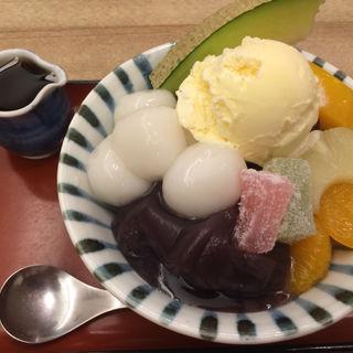 クリームあんみつ(おかめ 交通会館店 )