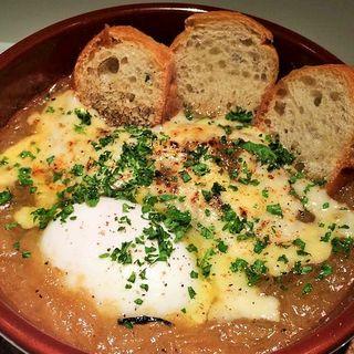 オニオングラタンスープ(イタリアン酒場 COVO (コーヴォ))