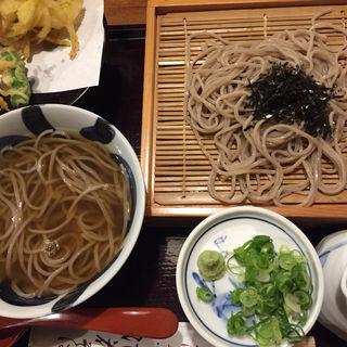 2色そば(総本家 浪花そば 心斎橋本店 (なにわそば))