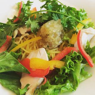 トムヤム冷麺(GREEN RATTAN (グリーンラタン))