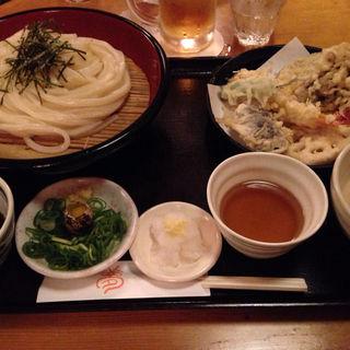 天ぷらうどん(夢吟坊 三宿店 (むぎんぼう))