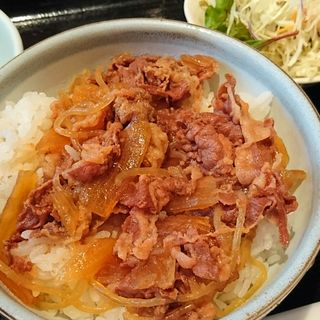 牛丼定食(にいたか )