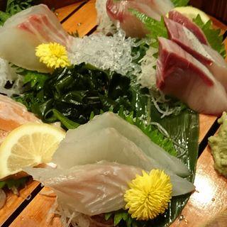 名物海鮮造り おまかせ5種盛り(海心丸 福島駅前店 (かいしんまる))