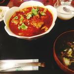 牛肉と野菜の麻辣水煮
