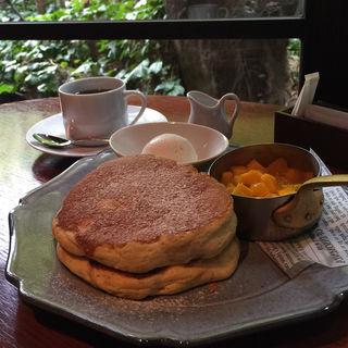トロピカルパンケーキ(ザ・カワブン・ナゴヤ (THE KAWABUN NAGOYA))