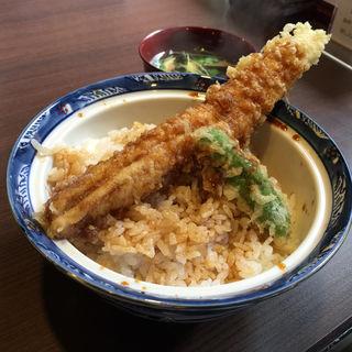 穴子の一本天丼(蕎麦 伊とう )