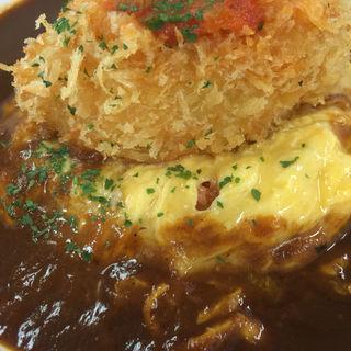 オムハヤシライス:自家製カニクリームコロッケのせ(美味卵家 (ウマタマヤ))
