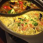 2色の薬膳スープカレー鍋