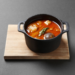 短角牛スネ肉のトマト煮(髭戎)