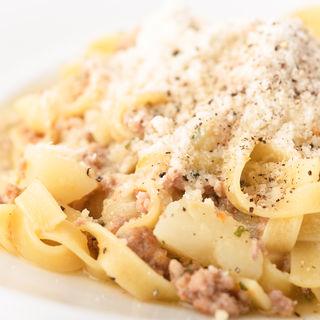 4種チーズのクリームソース ペンネ(インコントロ オステリア&グリル (INCONTRO Osteria&Grill))