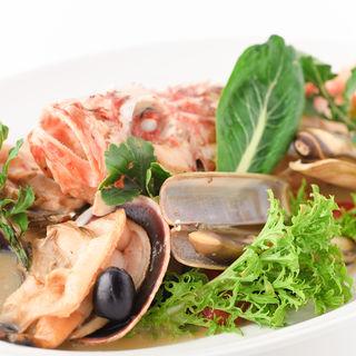 カサゴとあさりのグリル ジェノバ風ソース(インコントロ オステリア&グリル (INCONTRO Osteria&Grill))