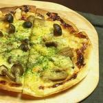 キノコの味噌風味ピザ