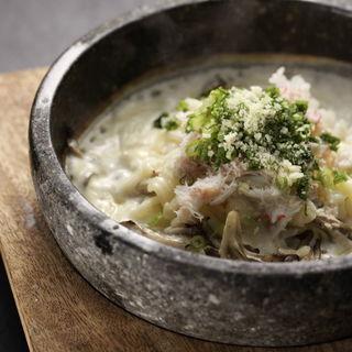 ズワイガニと茸のチーズリゾット(音波 (おとは))