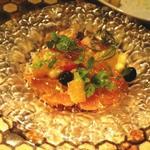 サーモンマリネと季節のフルーツ 梅酒のジュレ