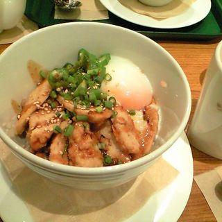 つくねの半熟卵丼 (カフェ ソラーレ ボーノ相模大野店 (CAFFE SOLARE))