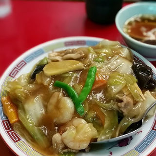 中華丼(しょうゆ味)(やじ満 (やじま))