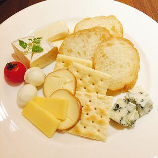 チーズ盛り合わせ(グラーツィエ (grazie))
