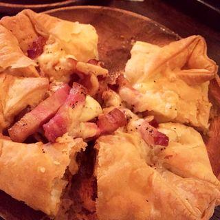 ベーコンとほくほくポテトのクリームソース Pie ピッツァ
