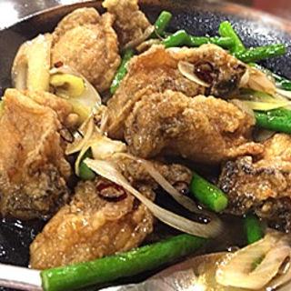 牡蠣の紹興酒炒め(湘南小吃 (ショウナンシャオツー))