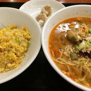 担々麺定食(焼賣太樓 ホワイティー梅田店 (焼売太楼 シュウマイタロウ))