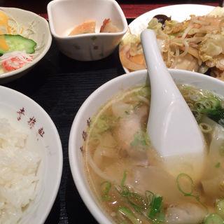 野菜炒め定食(幸梅軒 (コウバイケン))