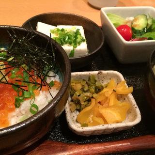 いくら丼セット(博多漁家 磯貝 大阪梅田店 )