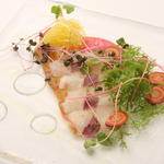本日の厳選鮮魚と旬菜の一皿