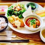 三重県のランチ通に聞く健康的な栄養バランスの良いランチBEST10