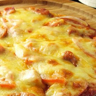 チョリソー・トマト・オニオントマトソースピザ(6Sense 千葉店 )