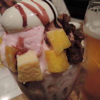 チョコ&ベリーチーズパフェ(スロー カフェ (SLOW cafe))