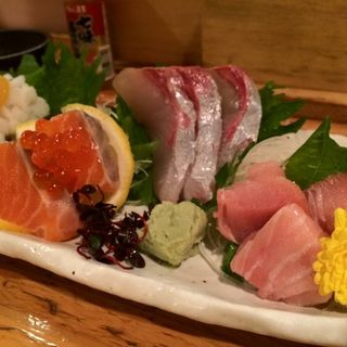 おまかせ造り(うまい魚と炭火焼 泰三屋 )