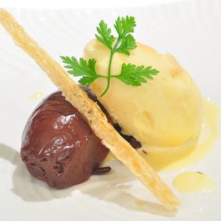 メロンのアイスクリームとチョコレートフォンダンの盛り合わせ(ジェイズ )