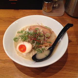 鶏白湯ラーメン(下北沢 絡麺 まことや本店 )