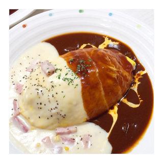 ハヤシソース&ベーコンチーズクリームソースオムライス(キッチンパレット 相鉄ジョイナス店 (Kitchen Palette))