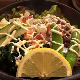 海鮮サラダ(逹鮨 )