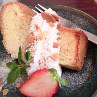 フワッフワノシフォンケーキ(のわのわカフェ )