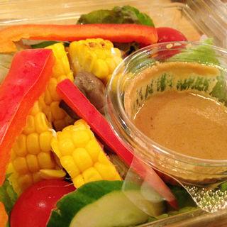 焼きトウモロコシのサラダ(オイシックス クレイジー フォー ベジー (Oisix CRAZY for VEGGY))