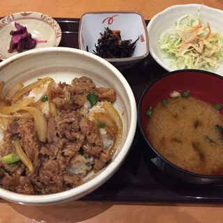 牛焼肉どんセット(うまかもん食堂)
