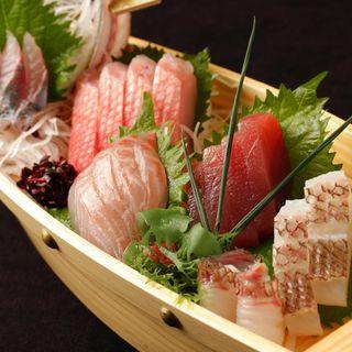 鮮魚のお造り(城ヶ崎おかもと)
