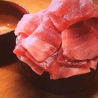 メガ鉄火丼(鮪人 東天満店 )