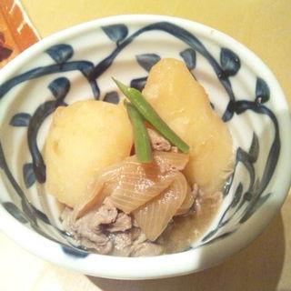 豆ちゃの肉じゃが(石塀小路 豆ちゃ 新宿 (イシベコウジ マメチャ))