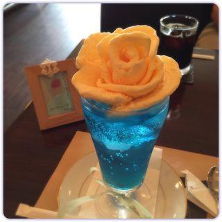乙女のクリームソーダ (カフェ ヴィオロン (cafe' Violon))