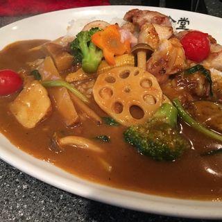 チキンステーキカレー 野菜トッピング(凛花食堂)